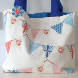 Fabric bunting bag
